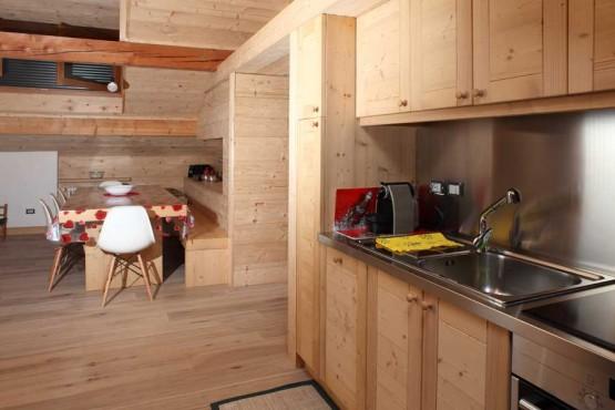 cucina-particolare1-mansarda-caviola