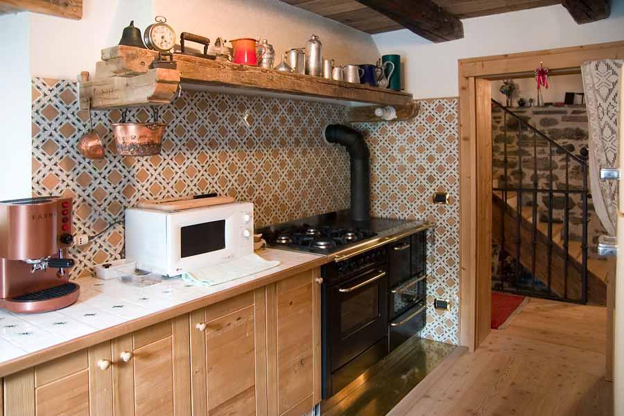 Soggiorni rustici - Lo stile rustico in legno
