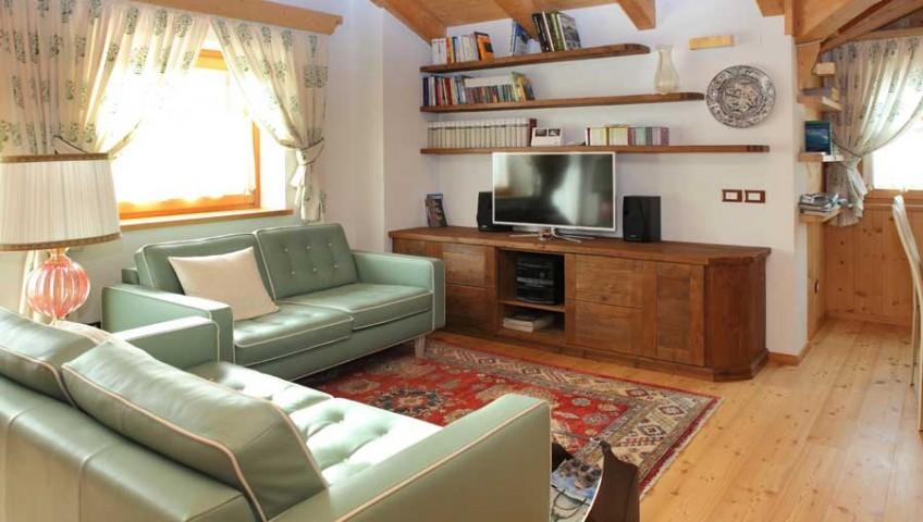 soggiorno-classico-zona-tv