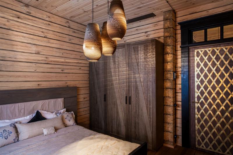 camera rustica in legno falcade